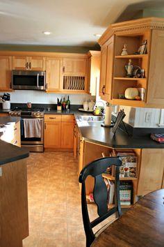 kitchens with oak cabinets and tile floors | Jardina's Crystal ... on hgtv kitchen island, hgtv dining room, hgtv kitchen designs,