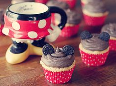 Minnie Mouse Cupcakes! I'd want to add a bow though :)