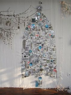 Canadian House and Home featured this fuss-free take on the traditional Christmas Tree .
