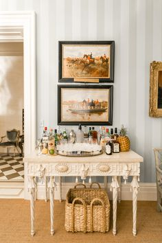 As an interior design blogger, I see a lot of beautiful homes but my favorite, hands down, is the antebellum Charleston mansion of Patricia Altschul. Built in 1854, Patricia's home was designed by one of my all-time favorite interior designers, Mario Buatta, and it features all of my favorite things… fine antiques, chintz, blue and …