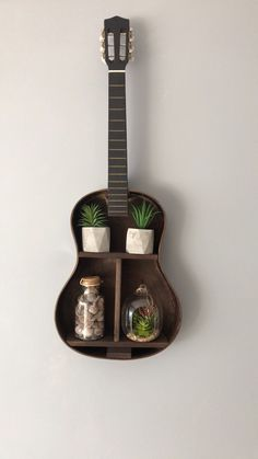 Acoustic guitar shelf