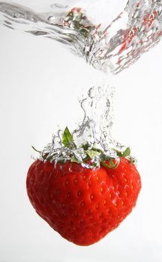 Strawberry Splash. by Martin Heinz, via 500px