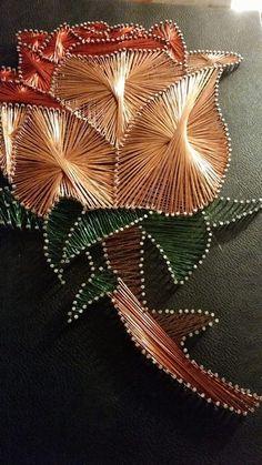 Arte Linear, String Art Patterns, Art N Craft, Journal Paper, Art Model, Pattern Art, Book Art, Elsa, Christmas Tree