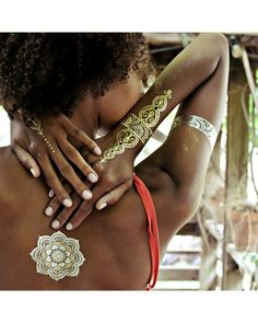 Flash Tattoos are the best gift idea this holiday! Sheebani Pack - Gold and Silver Temporary Tattoos
