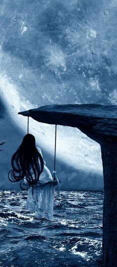 Swinging in a blue dream #amazing #dreamy