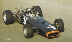 Jackie Stewart at Monza 1967 with the BRM Jackie Stewart, F1 Racing, Racing Team, Auto F1, Italian Grand Prix, Race In America, Classic Race Cars, Formula E, Race Engines
