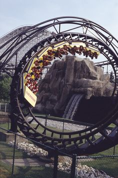 The Demon at Six Flags Great America is one of my favorite rides! I can't wait to go this summer!