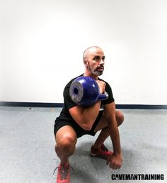 A conventional exercise with unconventional equipment. The kettlebell squat is often seen as just a goblet squat, and that's it. Kettlebell Challenge, Kettlebell Circuit, Kettlebell Training, Kettlebell Swings, Squat Workout, Workout Memes, Gym Workout Tips, At Home Workouts, Weighted Squats