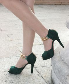 peep toe high heel shoes