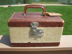 CUTE 1940s train case cosmetic  overnight  doll by oakiesclaptrap, $10.99