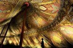17th century Ottoman tent from the Dresden State Art Collections .........