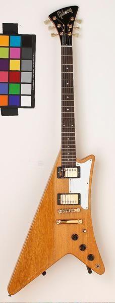 frettedchordophones:  frettedchordophones:  Gibson Moderne - One that didnt catch on (but I like it!)  Lardys Chordophone of the day - a year ago  ==Lardys Chordophone of the day - 2 years ago --- https://www.pinterest.com/lardyfatboy/