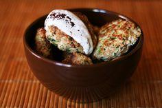 Hamburguesas de pavo y calabacín con cebolla tierna y comino