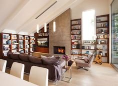 Living room/library/ fireplace