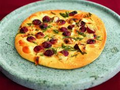 Red Grape Pizza with Honey, Rosemary and Pecorino