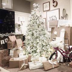 Christmas Tree Papermart
