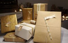 beautiful gift wrapping - gold, white, kraft... love that color combo!