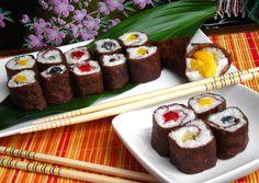 Desszert makik, sushi palacsinta :: Ami a konyhámból kikerül Hungarian Desserts, Sushi, Crepes, Muffin, Breakfast, Ethnic Recipes, Mille Crepe, Food, Dutch
