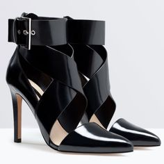 Zara Black Heels Black heels by Zara that have only been worn twice. In pristine condition.    ✔️Shipped ASAP  ✔️Surprise present included  ✔️Bundles ❌PayPal ❌Trades Zara Shoes Heels