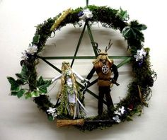Handfasting Pentacle Wreath with Pagan God & Goddess wheat figures. Handmade by PositivelyPaganCrafts,