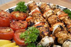 Shish Taouk ; Lebanese chicken skewers, serve with toum ( Lebanese garlic spread)