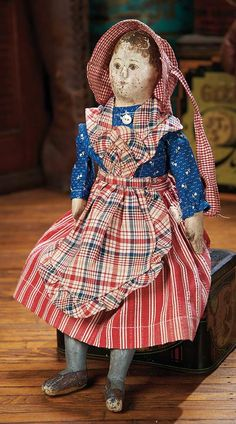 The Blackler Collection (Part 2 of set): 451 Petite American Cloth Folk Doll with Intricate Construction Rag Doll Tutorial, Homemade Dolls, Antique Toys, Antique Quilts, Vintage Quilts, Doll Quilt, Dollhouse Dolls, Dollhouse Miniatures, Look Vintage