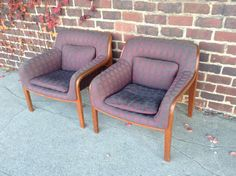 Pair Of Bill Stephens Lounge Chairs By Knoll By Mainstreetmodern