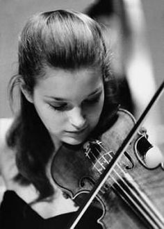 Janine Jansen (Violin) - Short Biography