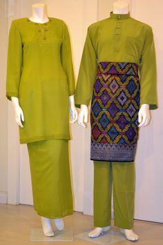 Muslim Fashion, New Fashion, Fashion Outfits, Womens Fashion, Mothers Dresses, Kebaya, Historical Clothing, Fashion Details, Classroom Cheers