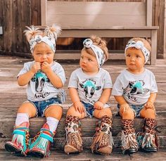 Baby girl cowgirl style - Source by nicolawchter - Western Baby Clothes, Western Babies, Baby Kids Clothes, Country Babies, Cute Kids, Cute Babies, Babies Stuff, Cute Baby Girl Outfits, Kid Outfits