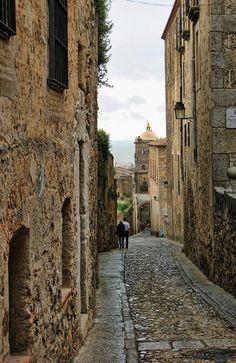 Street in Caceres | Flickr: Intercambio de fotos