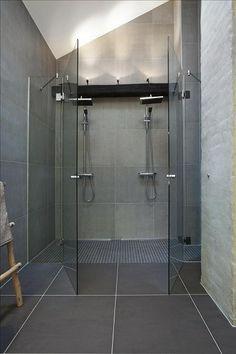 30 Double Shower Design Ideas as if Bath Under Heavy Rain Rustic Bathroom Vanities, Modern Bathroom, Small Bathroom, Shower Bathroom, Bathroom Ideas, Shower Ideas, Double Shower Heads, Bathroom Renovation Cost, Rustic Toilets