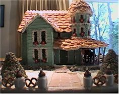Patterson Gingerbread House pattern available at www.ultimategingerbread.com. Gingerbread House Patterns, Gingerbread Houses, Ginger Bread, Holiday Traditions, Cute Food, All Things Christmas, Cake Ideas, Advent