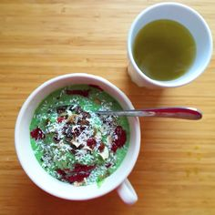 Green smoothie with spinach, pineapple, coconut milk and spirulina. Together with green matcha tea it is an excellent start of the day!