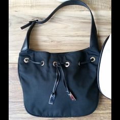 Gucci black hobo see first listing for description See 1st listing for wear. Has repair stitch unnoticeable doesn't effect wear and is in good shape. Thanks for looking! Gucci Bags Shoulder Bags