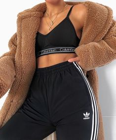 New cute outfits and cool fashion look ideas for popular clothing Chill Outfits clothing Cool Cute fashion fashionable Ideas outfits popular Cute Lazy Outfits, Chill Outfits, Sporty Outfits, Mode Outfits, Stylish Outfits, Fashion Outfits, Black Outfits, Fashion Ideas, Summer Outfits