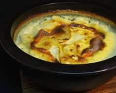 Valkosipuliperunat / Garlic potatoes Root Vegetables, Cheeseburger Chowder, Side Dishes, Garlic, Soup, Potatoes, Potato, Soups, Side Dish