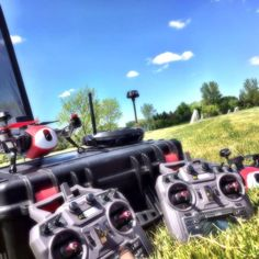 Enjoy the beauty of spring go grab a friend or two and get yourself FPV quads. Learn fly and experience captivating first-person-view excitement together. Inspired? RC Logger's Navigator 250 is your perfect GPS and Bluetooth enabled FPV trainer and racer.  #RCLogger #DroneArt #DroneLife #FPV #Navigator250 #Dronestagram #FPVRacing #Drone #Drones by rclogger