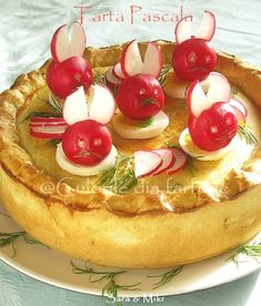 » Tarta PascalaCulorile din Farfurie Romanian Desserts, Summer Bbq, Pasta Dishes, Sweet Treats, Food And Drink, Sweets, Baking, Breakfast, Recipes