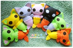 Currently listed for sale on my etsy : Grey/pink Orange/yellow New plush pattern! Mermaid cats! Or cat fish, or fish cats, or perhaps mercats or even mercatfish. They are made out of different comb...
