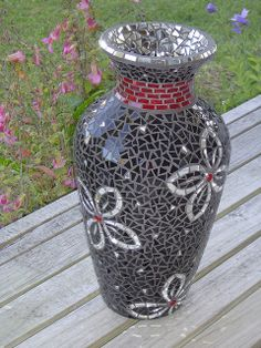 Julie's Vase by Diane Kitchener, via Flickr
