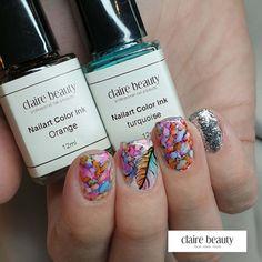Farbe bekennen! In dieser Jahreszeit mag ich es sehr, zwischen schlichten und aufwändig farbigen Nägel abzuwechseln. Mit unseren Color Ink Farben kannst du innert Sekunden ein Hingucker Naildesign zaubern, ohne grossen Aufwand. Wir haben übrigens neue Color Ink Farben im Sortiment. ;-)  Color Ink, Shops, Professional Nails, Claire, Nail Designs, Nail Art, Turquoise, Beauty, Colors