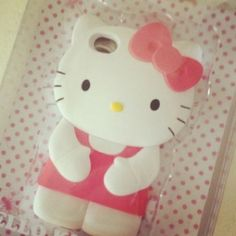 I want this iPhone case :)