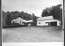 Barber Shop Johnson City Tn : Johnson County (Tenn.) Description: R. A. Courtner home on Elk River ...