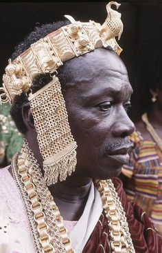 Africa |  Portrait of King Bonoua, Ivory Coast.   Photo was taken December 2009 in Bonoua, Sud-Comoé | © Georges Courreges, via Flickr