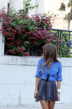 Camisa/Shirt – Zara (SS 13) HERE  Falda/Skirt – H (SS 13)  Tacones/Heels – Carolina Herrera  Bolso/Bag – Carpena Elda via uniQinu  Gafas de sol/Sunglasses – Marc Jacobs  Pulsera/Bracelet - Lowlita