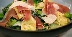 Tortellini met Belgische kaas tuinbonen Sint-Eloyham en spinazie
