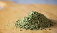 Spirulina to alga o pięknej zielononiebieskiej barwie oraz kształcie spirali (stąd jej nazwa). Spirulina wyróżnia się na tle innych alg niezliczoną ilością zalet natury dietetyczno-leczniczej. Stosujecie? Link: http://www.biotrendy.pl/odchudzanie/wlasciwosci-i-dzialanie-odchudzajace-i-oczyszczajace-spiruliny/ #odchudzanie #dieta #zdrowie #fitness #BioTrendy