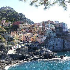 #Italia-suosikkeja: #CinqueTerre. Kiitos tägäyksestä @nieminen_niina, upea paikka. Jaa meille oma Italia-löytösi #mondolöytö, jaamme niitä täällä ja lehdessä. #mondolehti