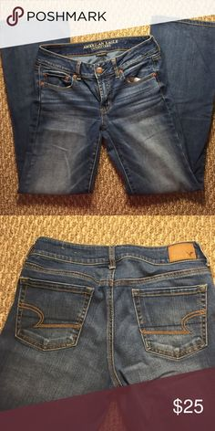 "Favorite Boyfriend AE Jean Medium wash Size 6 Inseam 29"" medium wash. Practically new hardly worn! American Eagle Outfitters Jeans Boyfriend"